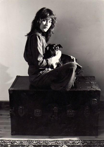 1980 Ek, saam met my lieflinghond, Snuiter. Dit was 'n publisiteitsfoto vir 'n optrede vir die S-A Kunsvereniging. Foto: Robin Aldwinckle