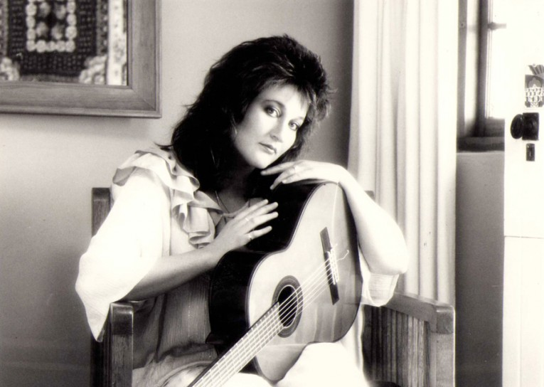 1983 Een van die foto's wat geneem was vir die omslag van 'Jy is te Dierbaar'